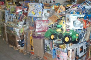 clearance pallets of toys customer returns