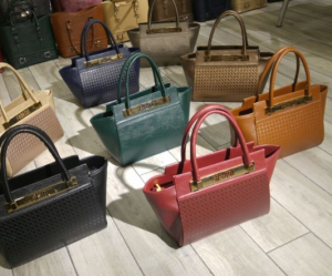 handbags wholesale lot
